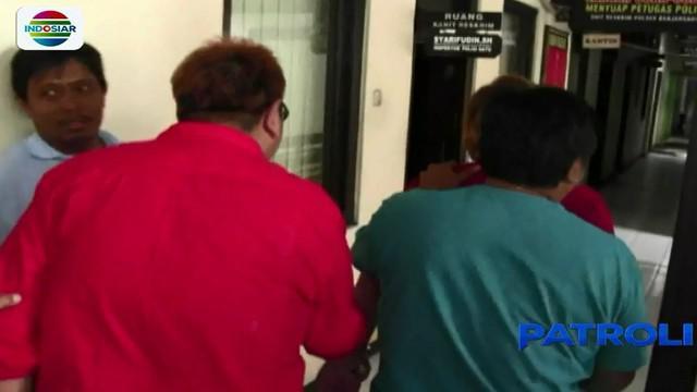 Penangkapan kakak beradik asal Jakarta ini bermula dari kecurigaan seorang pegawai hotel yang mendengar jeritan sekaligus tangisan anak dari dalam kamar hotel.