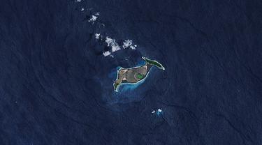 Hunga Tonga-Hunga Ha'apai (Wikimedia Commons)
