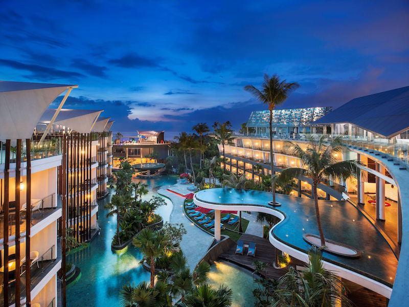 Rasakan pengalaman berlibur yang tak terlupakan bersama Sheraton Bali Kuta Resort.
