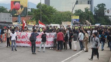 Demo Tolak Omnibus Law