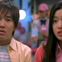 My Sassy Girl menceritakan tentang seorang mahasiswa yang bertemu dengan gadis muda yang lancang. Walaupun demikian, mereka pun akhirnya menjalin asamara. Film ini sendiri dibintangi Jun Ji Hyun dan Cha Tae Hyun. (Foto: allkpop.com)