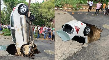 Viral Penampakan Mobil Terperosok ke Dalam Jalan Berlubang Akibat Hujan Deras