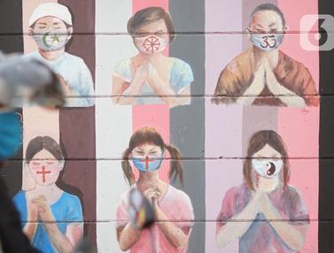 Mural Umat Beragama Gunakan Masker Hiasi Jalan Juanda Depok
