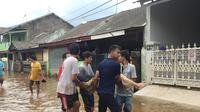 Warga Ciledug Temukan Nenek Meninggal Dunia Saat Banjir (Foto: Liputan6/Merdeka)