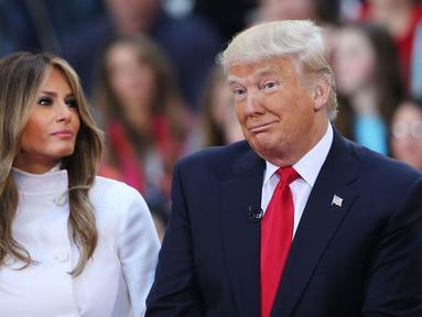 Melania Trump benar-bear merana kaena dua bintang porno mengaku pernah tidur dengan suaminya, Donald Trump. (Cosmopolitan)
