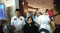 Etty binti Toyib TKI asal Majalengka tiba di Bandara Soekarno-Hatta pada Senin, 6 Juli 2020 sekitar pukul 16.05 WIB. (Liputan6/Pramita)