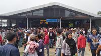 Pelajar Bogor memenuhi stasiun untuk ikut demo di DPR. (Liputan6.com/Achmad Sudarno)