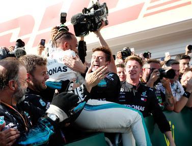 Gembiranya Lewis Hamilton Raih Kemenangan di GP Hungaria