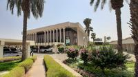 Percetakan Alquran terbesar di dunia  berada dalam Kompleks Percetakan Alquran Raja Fahd atau Majma Malik Fahd Li Thibaah Mushaf Syarif.  MCH 2019