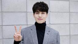 Sebelum menjalin asmara dengan Suzy, Lee Dong Wook beberapa kali dikabarkan dekat dengan beberapa artis cantik. Siapa saja mereka? Berikut Bintang.com merangkumkan khusus untuk Anda. (Foto: soompi.com)