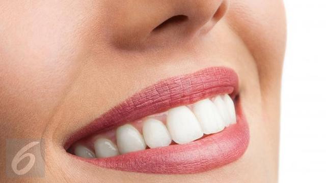 Gigi Putih Alami dengan Bahan Rumahan - Health Liputan6.com 25349b1bba