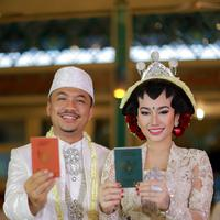 Ratu Felisha Menikah. (Adrian Putra/Bintang.com)