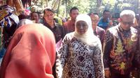 Gubernur Jawa Timur, Khofifah Indar Parawansa usai membuka jambore BUMDes di Boon Pring, Malang (Liputan6.com/Zainul Arifin)