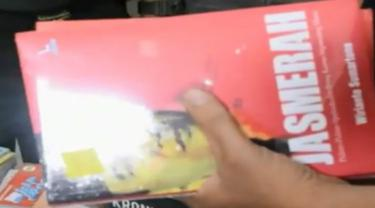 Jual Buku Komunisme, Toko Buku di Padang Kena Razia