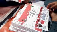 Surat suara untuk pemilihan Wali Kota dan Wakil Wali Kota Malang (Liputan6.com/Zainul Arifin)