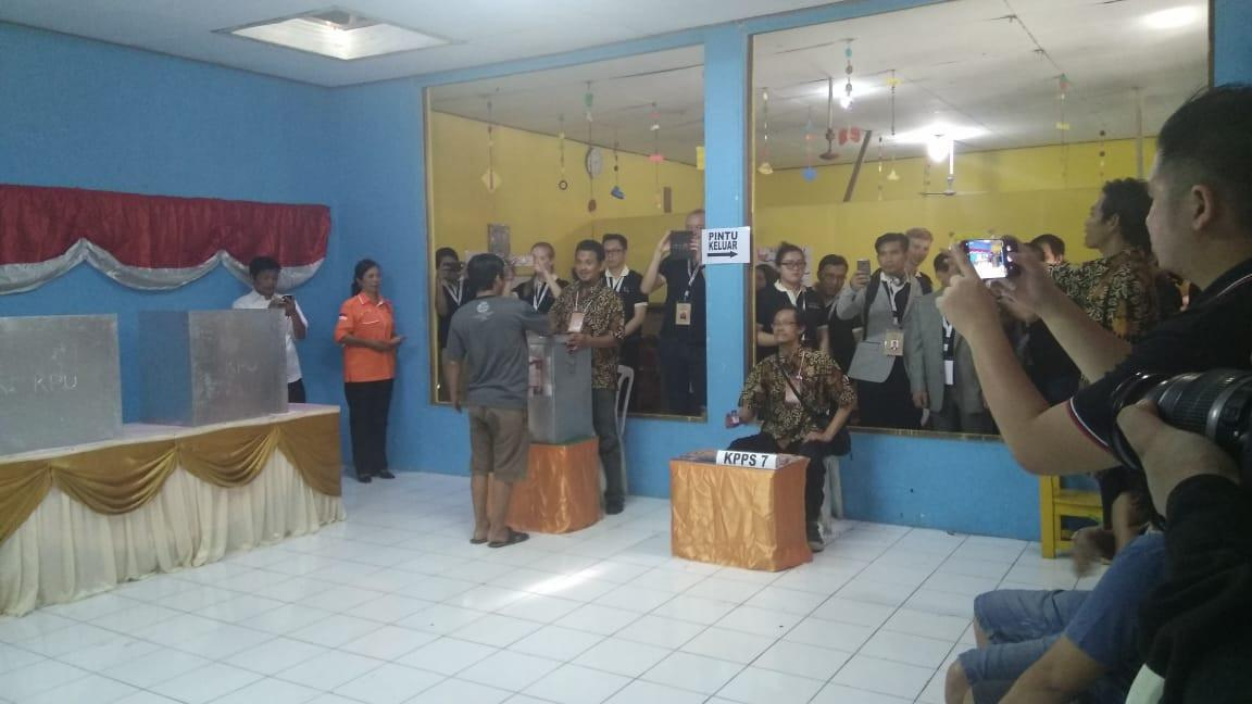 40 Perwakilan Negara Ikut Pantau Pilkada di Tangerang 9Liputan6.com/Pramita)