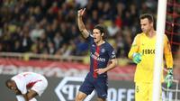 5. Edinson Cavani (PSG) - 8 gol dan 1 assist (AFP/Valery Hache)