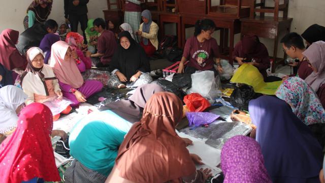 Salah satu program pemberdayaan yang dilakukan mahasiswa Universitas Indonesia dalam mengentaskan kemiskinan di kabupaten Garut