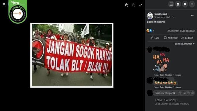 Gambar Tangkapan Layar Foto yang Diklaim Massa PDIP Demo Jokowi (sumber: Facebook).