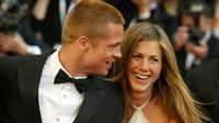 Brad Pitt dan Jennifer Aniston (AP Photo)