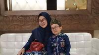 Daus Mini dan istri Shelvia Hana Wijaya (Sumber: Instagram/dausminiasli)