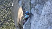 Selah Schneiter kala memanjat El Capitan di Taman Nasional Yosemite. (Dok Keluarga Schneiter)