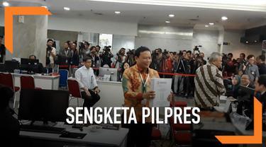Ketua KPU RI Arief Budiman dan Ketua Bawaslu Abhan, datang menyambangi Kantor Mahkamah Konstitusi (MK). Diketahui kedatangan mereka guna memberi berkas jawaban  mengenai perselisihan hasil pemilihan umum (PHPU) Pemilihan Presiden 2019.