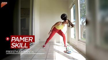 Berita Video Bak Neymar dan Cristiano Ronaldo, Freestyler Wanita ini Pamer Skill Juggling dari Bola Tenis Hingga Bola Basket