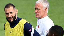 Namun, Deschamps baru saja mengubah keputusannya. Mantan gelandang Timnas Prancis saat menjuarai Piala Dunia 1998 dan Euro 2000 itu memanggil kembali Benzema untuk berlaga di Euro 2020. (Foto: AFP/Franck Fife)