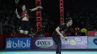 Ganda putra PB Djarum, Mohammad Ahsan/Kevin Sanjaya Sukamuljo, mengalahkan pasangan Jaya Raya, Hendra Setiawan/Marcus Fernaldi Gideon, pada laga penyisihan Djarum Bulutangkis Badminton 2019, di Bandung, Kamis (21/2/2019). (PBSI)