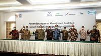 Penandatanganan Perjanjian Komitmen Jual Beli Saham antara PT WIKA Realty masing-masing dengan PT Aero Wisata, PT Hotel Indonesia Natour dan PT Patra Jasa, serta Perjanjian Komitmen Jual Beli Asset dengan PT Pegadaian di Jakarta, Selasa (29/12/2020).