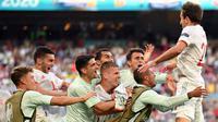 Lima gol Timnas Spanyol tercipta melalui Pablo Sarabia, Cesar Azpilicueta, Ferran Torres, Alvaro Morata, dan Mikel Oyarzabal. Tiga gol Kroasia berasal dari bunuh diri Pedri, Mislav Osnic, dan Mario Pasalic. (Foto: AFP/Pool/ Stuart Franklin)