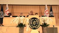 Menteri Ketenagakerjaan M. Hanif Dhakiri dalam pidatonya mengemukakan 3 pilar agenda yang berpusat pada manusia (human-centred agenda) guna pembangunan Sumber Daya Manusia (SDM).
