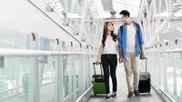 Traveloka sebagai pelopor pemesanan tiket pesawat terbang secara online mengembangkan fitur-fitur yang bisa menambahkan pengalaman terbang.