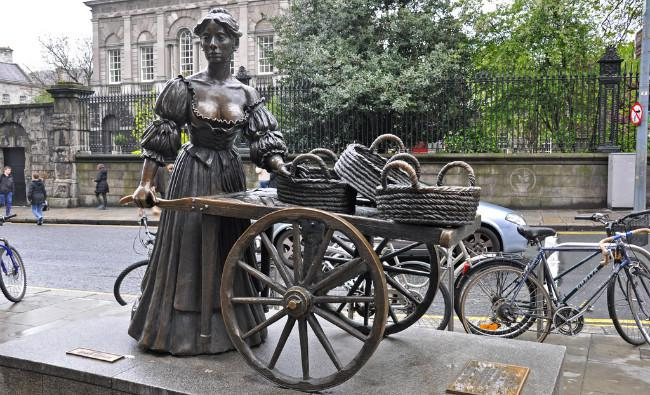 Patung Molly Malone di Dublin, Irlandia. (Sumber Flickr)