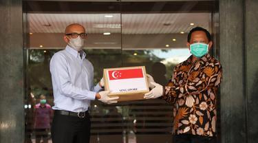 Menteri Dalam Negeri Tito Karnavian saat menerima Duta Besar Singapura, Anil Kumay Naya. (Istimewa)
