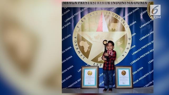 Kiyoshi yang baru berumur 5 tahun mampu memecahkan berbagai rekor.