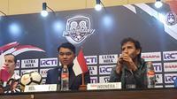 Pelatih Timnas Indonesia U-23, Luis Milla, berharap tim asuhannya mampu memberikan penampilan terbaik di PSSI Anniversary Cup 2018. (Bola.com/Zulfirdaus Harahap)