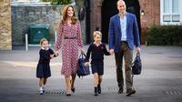 Pangeran William dan Kate Middleton mengantar Putri Charlotte dan Pangeran George sekolah (Dok.Instagram/@kensingtonroyal/https://www.instagram.com/p/B2Bb_K0FDmT/Komarudin)