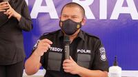 Direktur Reserse Kriminal Umum Polda Riau Komisaris Besar Teddy Ristiawan SIK. (Liputan6.com/M Syukur)