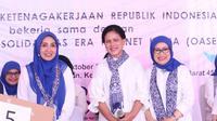 Irana Jokowi dan Marifah Hanif Dhakiri.