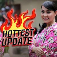 HL Hottest Update Tessa Kaunang (Fotografer:Deki Prayoga/bintang.com)