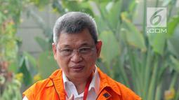 Anggota DPRD Sumatera Utara Sony Firdaus tiba untuk menjalani pemeriksaan lanjutan di KPK, Jakarta, Kamis (19/7). Ketiganya diperiksa sebagai tersangka terkait kasus suap persetujuan Laporan Pertanggungjawaban APBD 2012. (Merdeka.com/Dwi Narwoko)