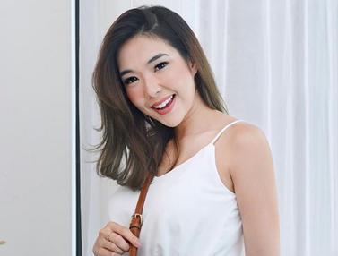 FOTO: Gaya Gisella Anastasia saat Pakai Baju Putih, Menawan