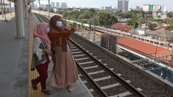FOTO: Jalur Layang Stasiun Manggarai Resmi Beroperasi