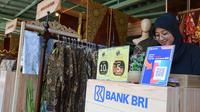 BRI ikut merayakan Hari Batik Nasional.