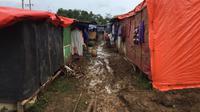 Suasana pengungsian akibat bencana alam di Lebak Banten. (Liputan6.com/Yandhi Deslatama)
