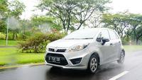 Tes drive Proton Iriz Sentul City, Jawa Barat.
