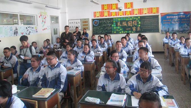 Murid-murid di SMA Urumqi, Xinjiang, China. (Liputan6.com/Arie Mega Prastiwi)