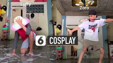 Aksi kreatif dan keren tiga orang laki-laki ini menirukan gaya cosplay dengan bahan seadanya.